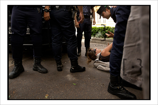 [Azarug] Dos compañeros de Azarug fueron detenidos en Santa Cruz (YA EN LIBERTAD) 05